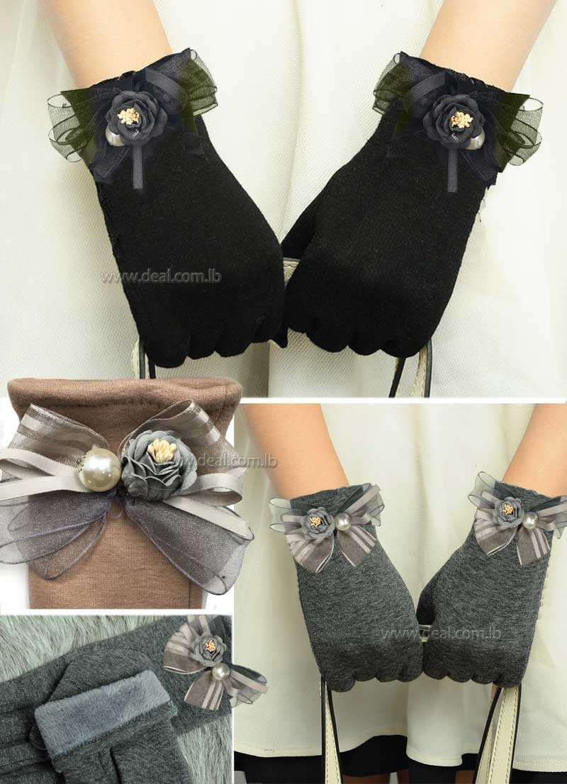 Women Winter Warm Cotton Touch Screen Glove Bow Flower Lace Wrist Gloves Mittens