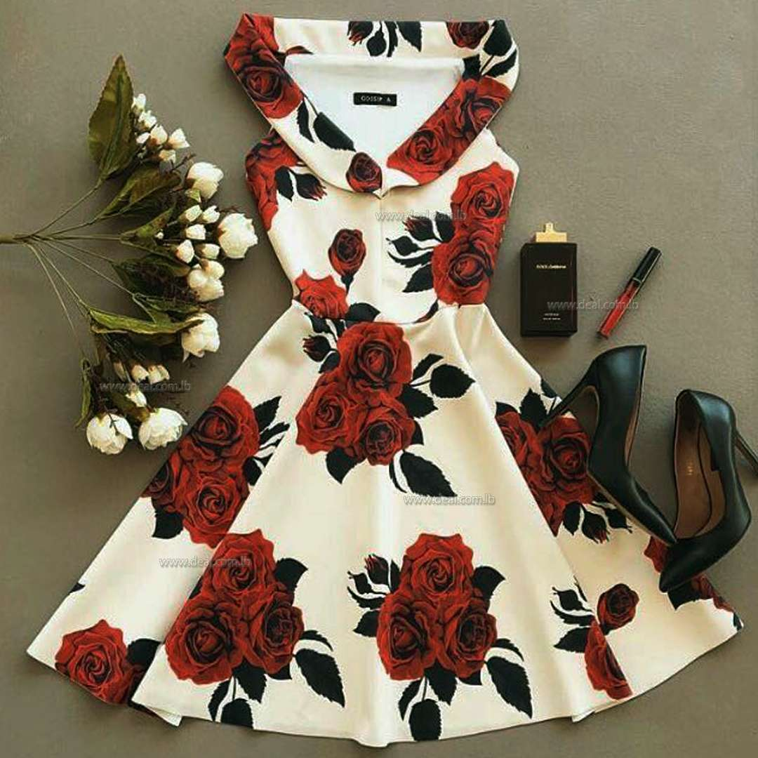 Offwhite Big Flower Design Short Dres