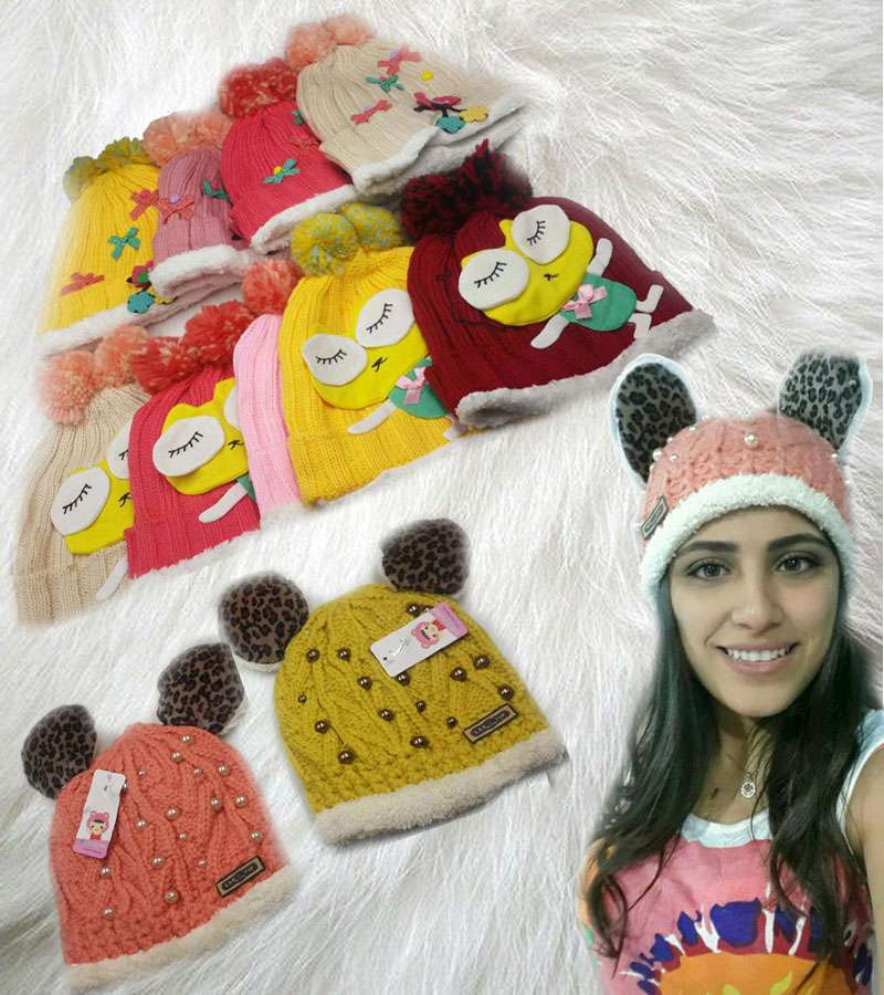 Double Pom Pom Women Knitted Hats