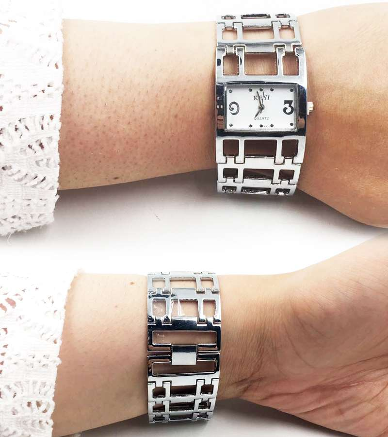 Silver  Fashionable Luxury Women Watch